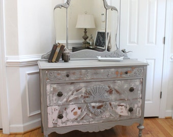 Vintage Dresser with Attached/Removable Mirror - Annie Sloan Chalk Paint - French Linen - Changing Table - Girl's Bedroom - Nursery