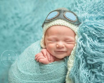 Baby Aviator Hat with Detachable Leather Goggles.
