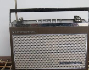 Vintage NordMende Globetrotter Tabletop Radio