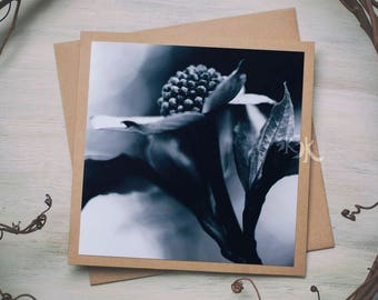 Floral Photo Card - Less colors, more feelings..