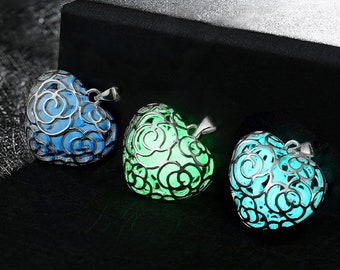 3PCS Glowing in the Dark Heart Shaped Charms Pendants