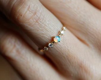 Opal Engagement Ring, Opal Riamond Ring, Australian Opal ring, Opal And Diamond Ring, Five Stone Ring, gold Engagement Ring, Opal Jewelry