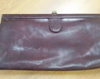 1950 Burgundy Leather Clasp Clutch