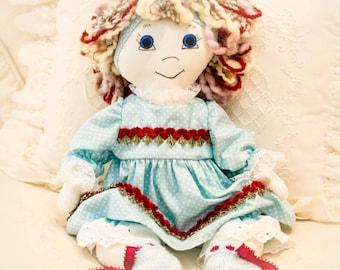 LILLY Doll / Rag Doll /cloth doll / fabric doll / heirloom doll / heritage doll / country doll / golly doll /  handmade doll / white doll