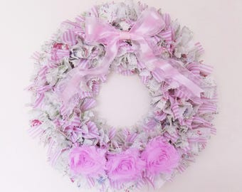 Soft pink and green fabric wreath - shabby chic decor - rag wreath - English cottage decor - Rustic décor