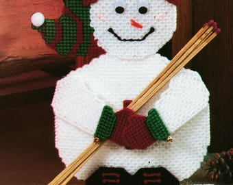 Snowman Match Holder ~ * * * Plastic Canvas Pattern Only * * *  Really Cute ~ ~ ~