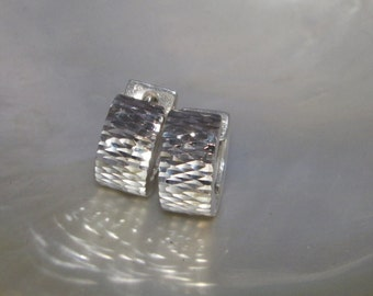 Handcrafted .925 Sterling Silver Hoop Earrings Diamond Cut Finish Front