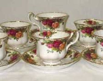 "Set of 8 Royal Albert ""Old Country Roses"" Tea Cups and Saucers"