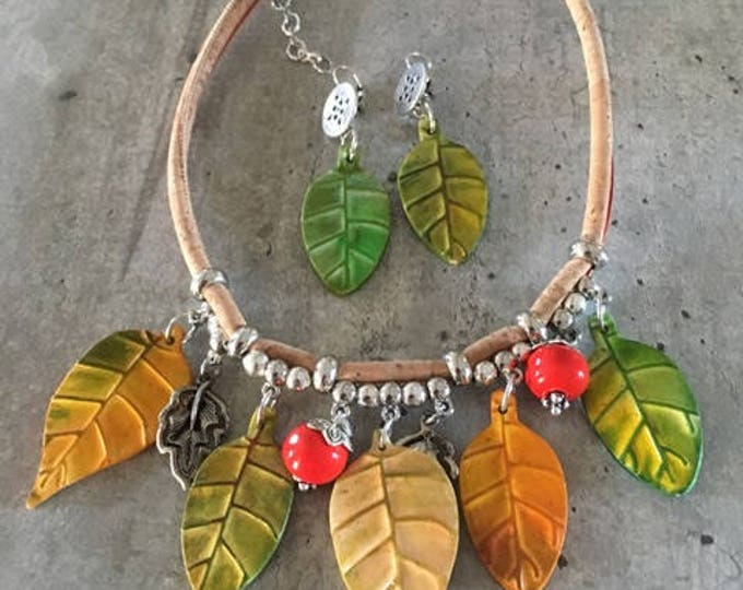 ceramic polymer clay leaves necklace - new