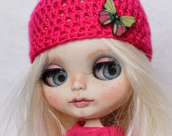 Blythe doll,knitted hat butterfly