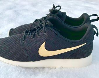 Custom Swoosh Nike Roshe Mens/Womens