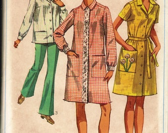 Bust 42-44 FACTORY FOLDED 1968 Plus Size Women's Smock or Housecoat  Simplicity 8046