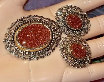 Oval Sand Stone Filigree Floral Gold Tone Brooch Pin & Clip Earrings | Vintage Retro 1960's | Demi Parure Set | Lovely Condition