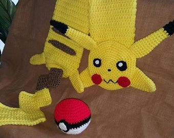 Pikachu scarf with free pokeball