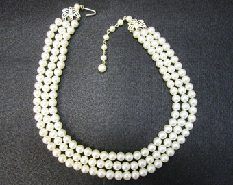 Japan Triple Strand Pearl Necklace Vintage Pearl Choker Japan Vintage Pearl Bead Necklace Pearl Bead Necklace Bridal Pearl Necklace Pearls