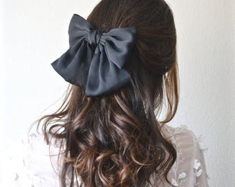 Hair clip large bow in black or blue fabric. Bridesmaid accessory. Wedding.