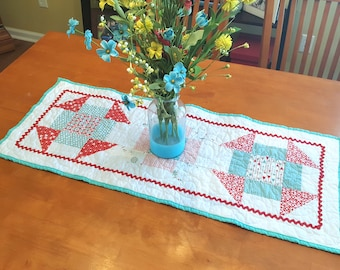 Valentine Quilted Table Runner, Valentines Table Centerpiece, Red and Turquoise Table Topper