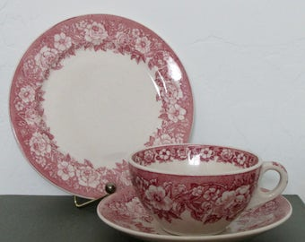 A Profusion of Red Roses *Cup & Saucer and Lunch Plate* American Restaurantware by Shenango China