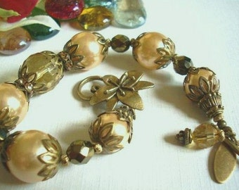 Pearl and Antiqued Brass Bracelet