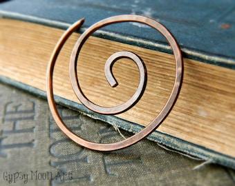 Kupfer-Schal-Pin.  Spirale Kupfer Schal Pin Boho Brosche