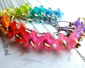 20 Knitting stitch markers Rainbow flowers