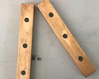 Hanging wooden frame