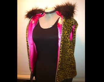 Leopard Faux Fur Hooded Zip-Up Vest with hot pink satin
