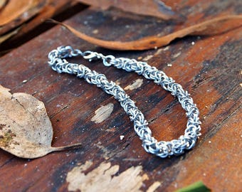 Aluminum Byzantine Chain Maille Bracelet (medium rings)