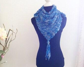 Triangle Shawl, Neckwarmer in Blue, Knitted Shawl, Neckwarmer, scarve