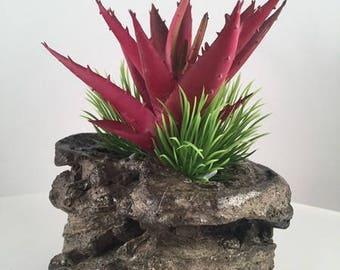 Floral Arrangement / artificial succulent planter / succulent planter / home decor / Faux Succulent arrangement / concrete sculpture