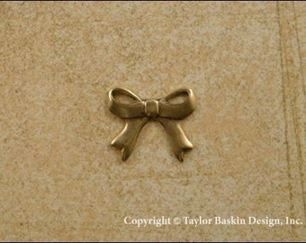 Antique Gold Plated Bow Charm (item 213 AGP) - 6 Pieces