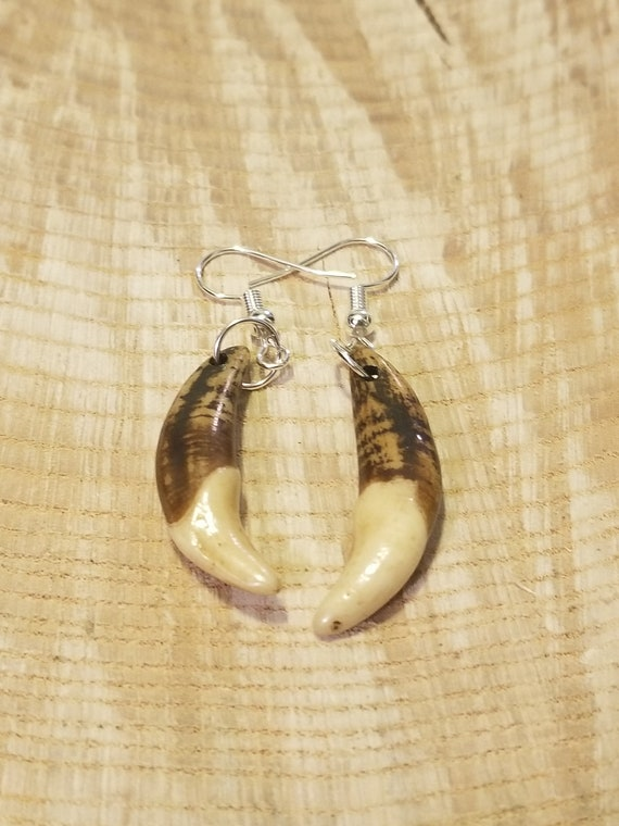 Handmade Real Tibetan Wolf Tooth Silver Earrings Native American Tribal Outdoors Primal Fashion Art Collection (E184)