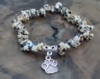 Dalmatian Stone Bracelet, Dalmatian Jasper Bracelet, Dalmatian Jasper, Healing Crystals, Gift for Dog Lover, Paw Charm, Meditation Bracelet.