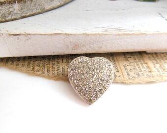 Retro Small Silver Tone Sparkling Clear Rhinestone Heart Brooch Pin V37