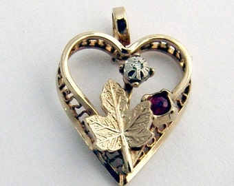SaLe! sALe! Heart Pendant Gold Filled 1940