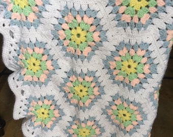 """Adorable Hexagonal Granny Square Baby Afghan - 42"""" x 42"""""""