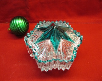 Vintage Crystal Glass Star shaped Keepsake or Dresser Box with Green Star