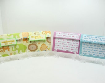 Gift card holder for a baby shower or birth, includes an envelope in the color of your choice.