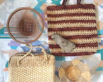 large vintage woven straw shoulder bag/ top handles / neutral purse / light tan handbag