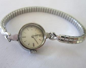 Vintage Ladies Girard Perregaux Watch Swiss Made 17 Jewels
