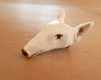Hound Dog brown and white Brooch pin