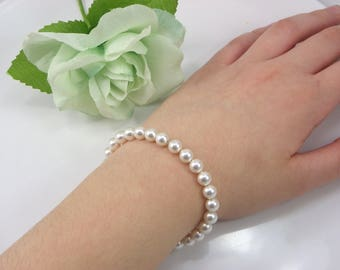 Bridesmaid Gift, Swarovski Pearl Bracelet, Bridesmaid Pearl Bracelet, Dainty Pearl Bracelet, Small Pearl 6mm Bracelet, Bridal Bracelet