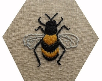 USA Crewel work embroidered Bee - PDF Instructions, US paper size