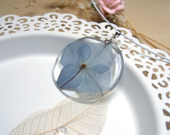Epoxy Resin Necklace Transparent Necklace Real Blue Necklace Hydrangea Pendant Flower Pendant Botanical Jewelry Nature Jewelry Eco Friendly