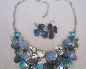 Summer Shades of Blue Outlined in Silver with a Camouflaged  Enameled Frog & Dogwood Like Flower Necklace Set