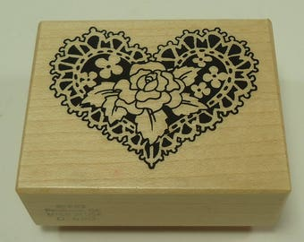 PSX D-650 Flowers On Lace Heart Wood Mounted Rubber Stamp By Personal Stamp Exchange, Rose, Roses