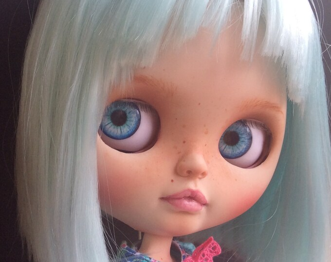 Ooak  custom blythe doll – BRIGITTE