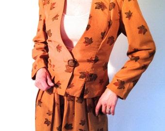Avant guarde jacket shorts suit / Autumn leaves / 70s 80s day suit / small medium