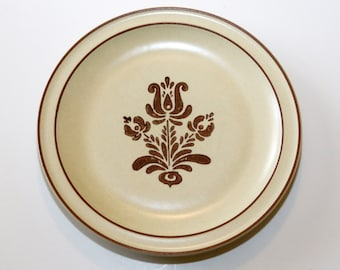 "Pfaltzgraff Village Dinner Plate, EUC, 10.25"", Brown Design on Cream, Vintage"