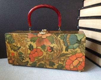 1960s Wooden Box Purse Floral Pattern // Bakelite